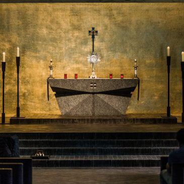 Let strong symbols teach the liturgy